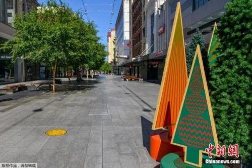 """资料图:当地时间11月19日,南澳大利亚州首府阿德莱德开始实行""""居家令"""",街道上人烟稀少。"""